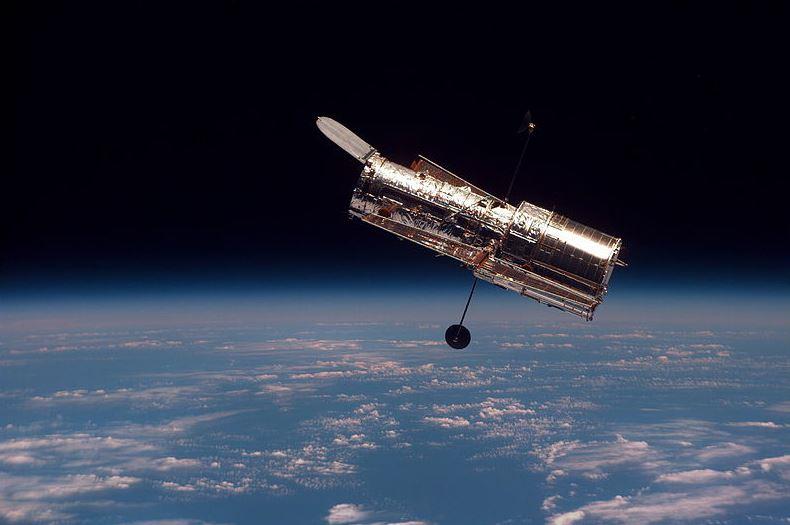 Hubble 00