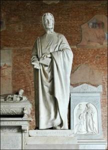 16 Leoanrdo standbeeld